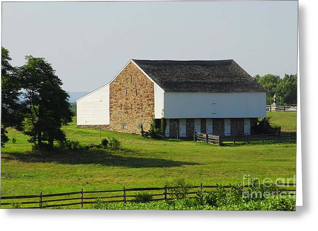 Greeting Card featuring the photograph Brian Barn At Gettysburg by Cindy Manero