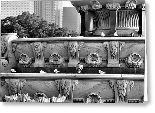 Buckingham Fountain - 5 Greeting Card by Ely Arsha