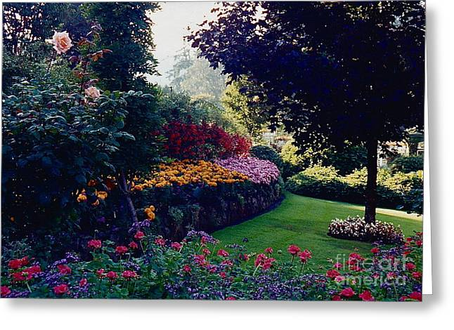 Butchart Gardens Shade And Sun Greeting Card