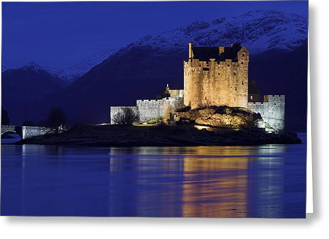 Eilean Donan Castle Greeting Card by Duncan Shaw