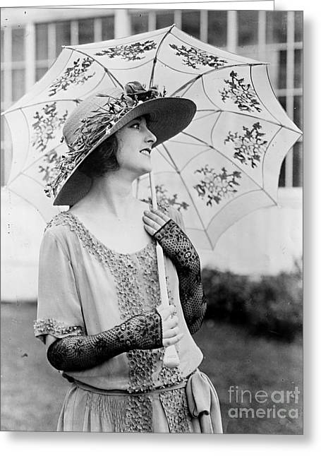 Eleannor Boardman With Parasol Greeting Card