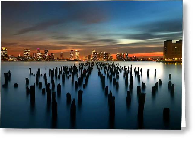 Evening Sky Over The Hudson River Greeting Card by Larry Marshall