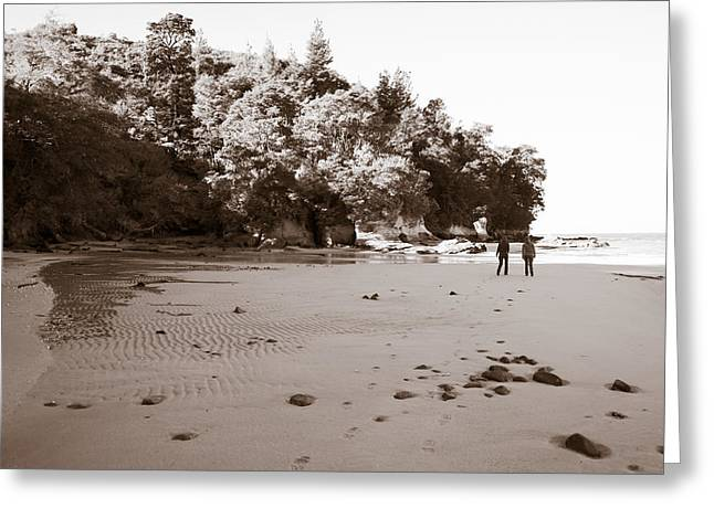 Footprints On The Beach Greeting Card by Graeme Knox