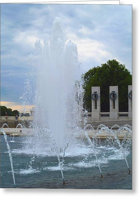 Greeting Card featuring the photograph Fountain In D.c. by Susi Stroud