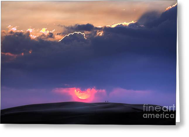 Great Sand Dunes Sunset With Lovers Walking Greeting Card