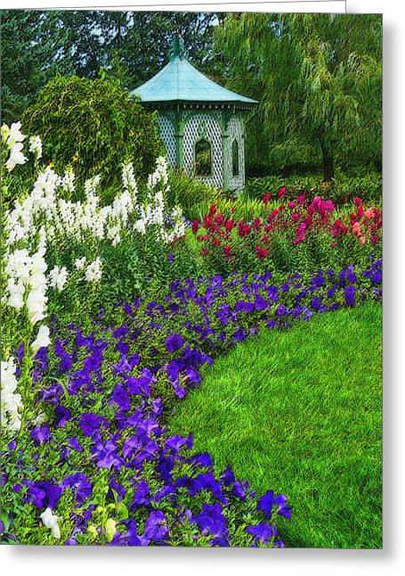 Greeting Card featuring the photograph In Full Bloom by Cindy Haggerty