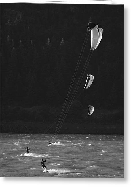 Kiteboarders In The Columbia River Greeting Card by Skip Brown