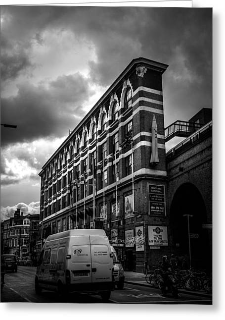 London's Flat Iron Greeting Card by Lenny Carter