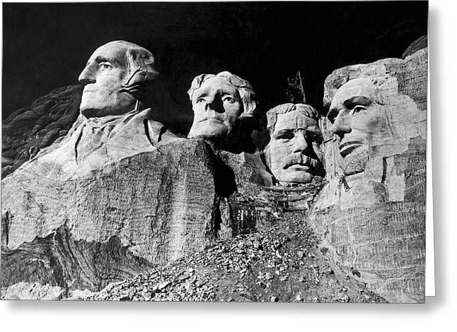 Men Working On Mt. Rushmore Greeting Card by Underwood Archives