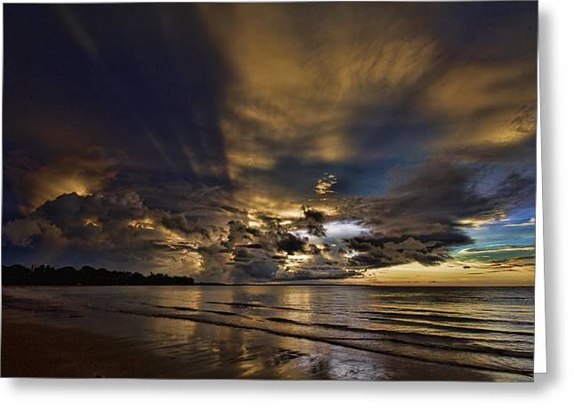 Nature's Laser Show Greeting Card by Douglas Barnard