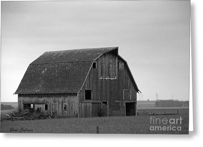 Greeting Card featuring the photograph Old Barn In Winter by Yumi Johnson