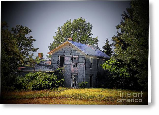 Old Home In Indiana Greeting Card by Joyce Kimble Smith