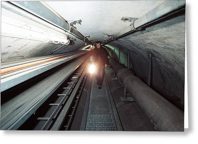 Quantum Entanglement Tunnel Greeting Card by Volker Steger