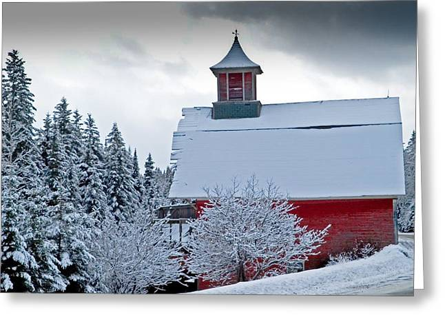 Red Barn Veemont Greeting Card by Jim Proctor