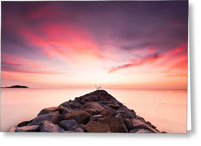 Red Sunrise Greeting Card by Yusri Salleh