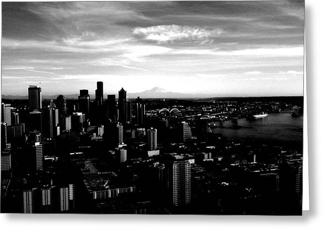 Seattle Cityscape Black And White Greeting Card by J Von Ryan