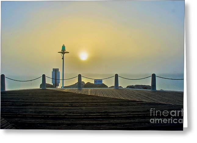 Greeting Card featuring the photograph Sunburst In Fog by Joseph Hollingsworth