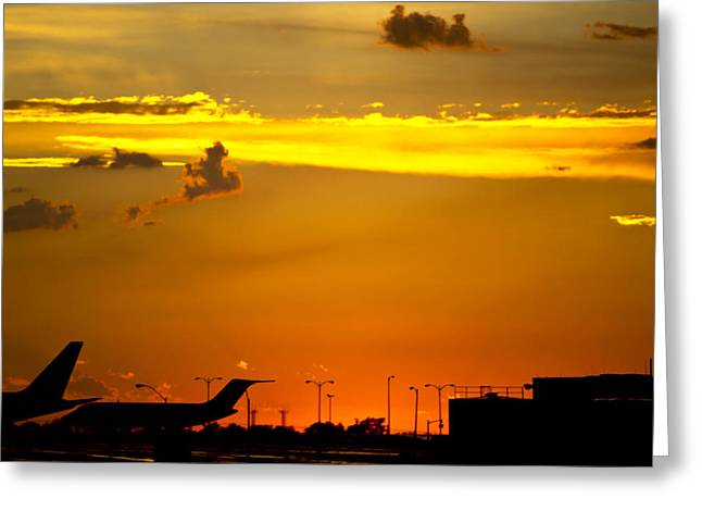 Sunset At Kci Greeting Card by Lisa Plymell