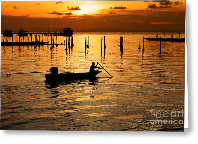 Sunset Greeting Card by Werayuth Piriyapornprapa