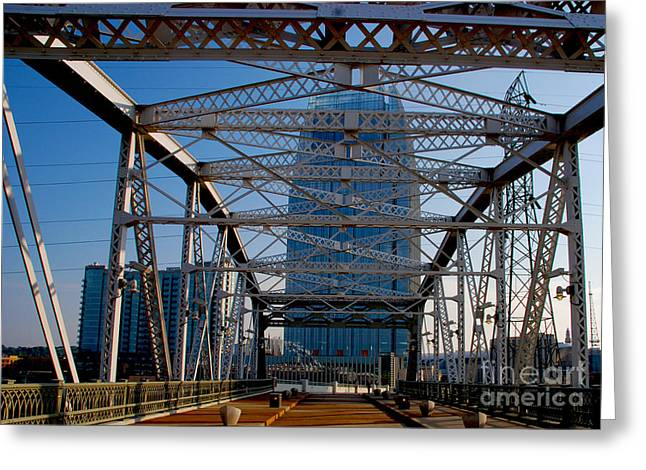 The Bridge In Nashville Greeting Card by Susanne Van Hulst