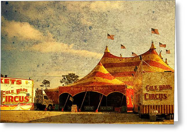 The Circus Is In Town Greeting Card by Susanne Van Hulst