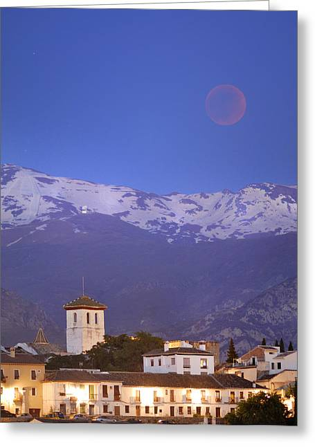 Total Lunar Eclipse Greeting Card by Guido Montanes Castillo