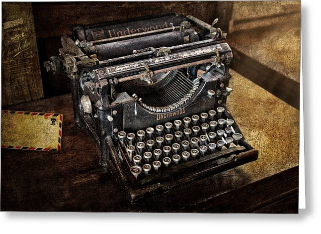 Underwood Typewriter Greeting Card by Susan Candelario