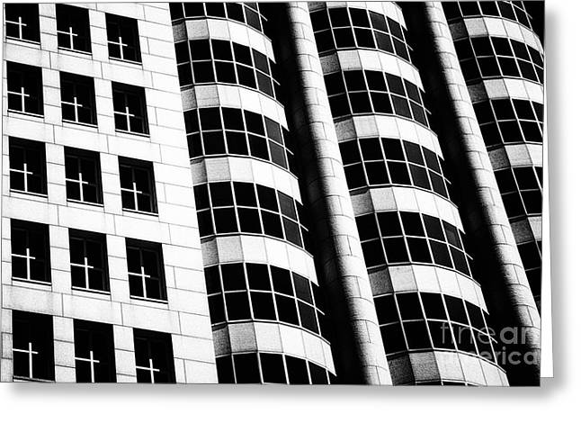 Urban Beauty - Black And White Greeting Card