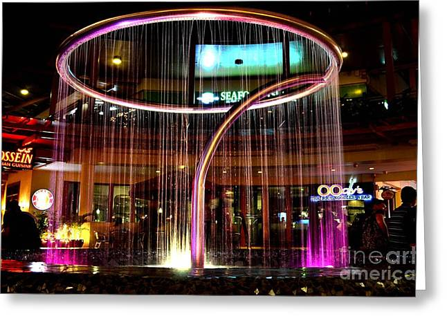 Water Fountain With Circle Seven Shape Greeting Card