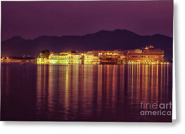Greeting Card featuring the photograph Lake Palace Night Scenery by Yew Kwang