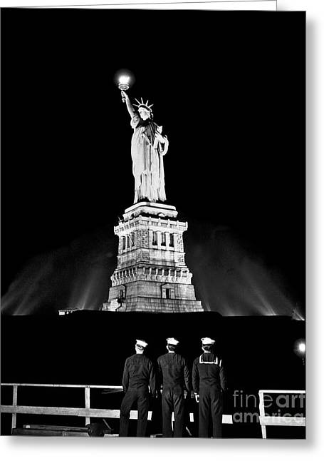 Statue Of Liberty On V E Day Greeting Card