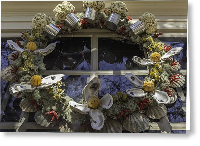 Wreath At Chownings Tavern Greeting Card by Teresa Mucha