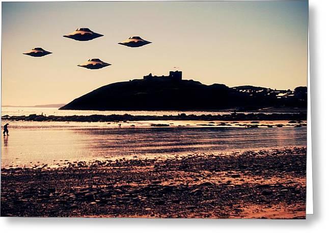 Ufo Sighting Greeting Card by Raphael Terra
