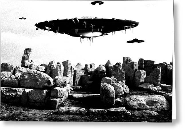 Ufo Sighting Greeting Card by Raphael Terra