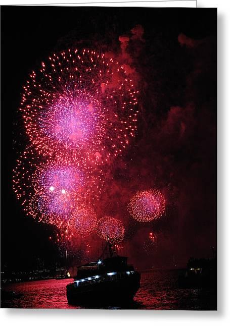 Fireworks On The Hudson Greeting Card by Terese Loeb Kreuzer