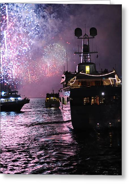 Fireworks On The Hudson Greeting Card by Terese Loeb Kreuzer