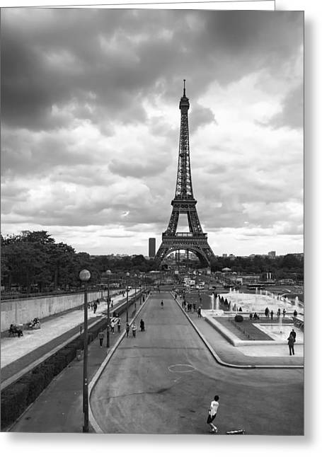Greeting Card featuring the photograph Paris by Hayato Matsumoto