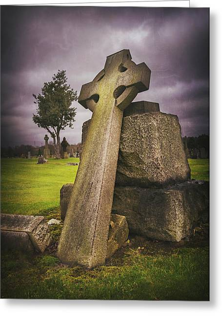A Celtic Cross In Glasgow Scotland Greeting Card by Carol Japp