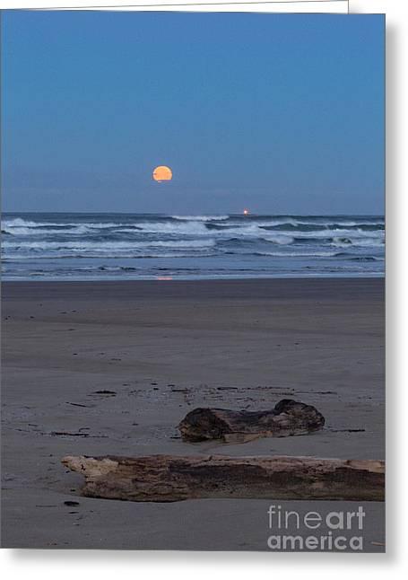 Agate Beach Moonset Greeting Card by Richard Sandford