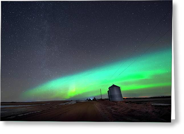 Greeting Card featuring the photograph Arc Of The Aurora by Dan Jurak