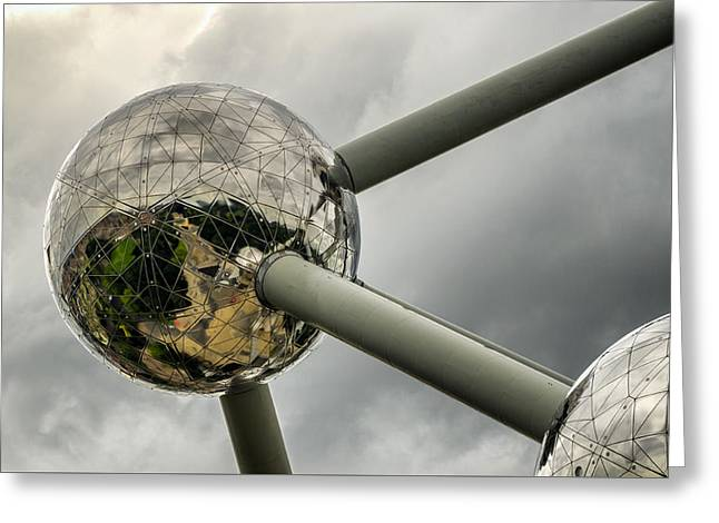 Atomium 2 Greeting Card by Pablo Lopez