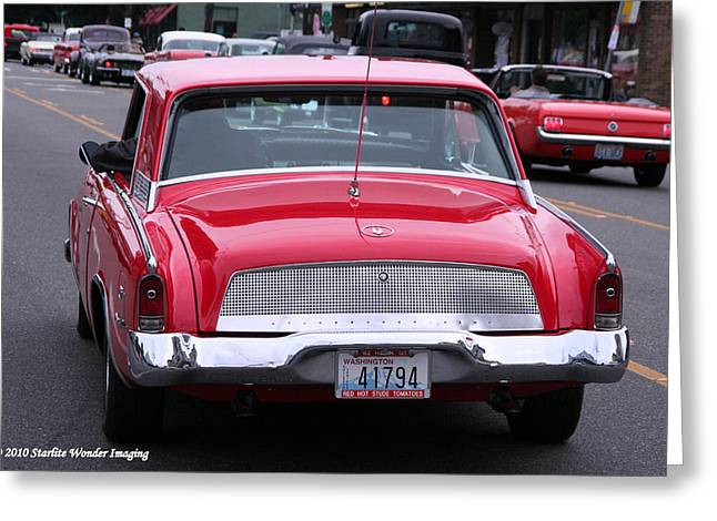 Avanti Getting In Line Greeting Card by Diane Jacobson