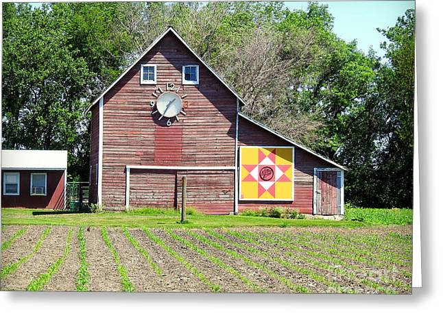 Barn Time And Quilts Greeting Card