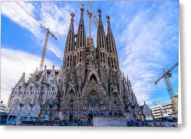 Basilica De La Sagrada Familia Greeting Card by Randy Scherkenbach