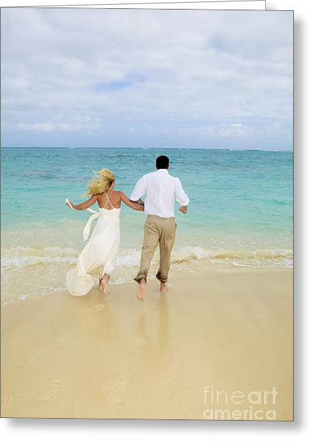 Beach Newlyweds Greeting Card by Tomas del Amo - Printscapes