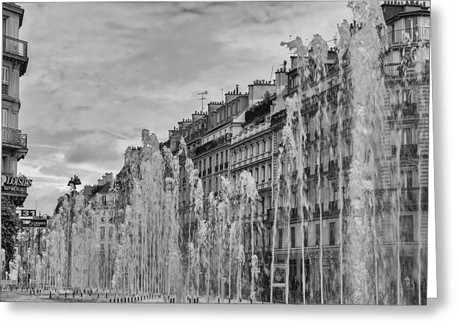 Black And White Fountains In Paris Greeting Card by Georgia Fowler