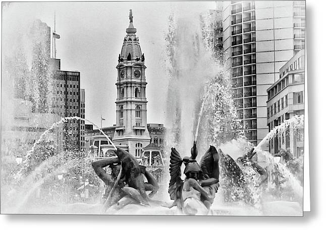 Black And White Philadelphia - City Hall And Swann Fountain Greeting Card