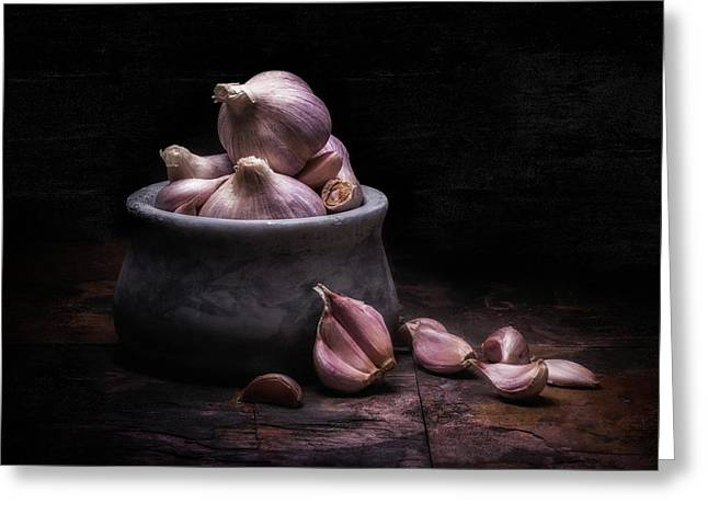 Bowl Of Garlic Greeting Card by Tom Mc Nemar