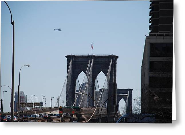 Brooklyn Bridge Greeting Card by Rob Hans
