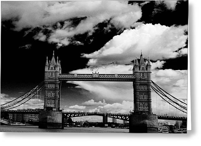 Bw Series Tower Bridge Greeting Card